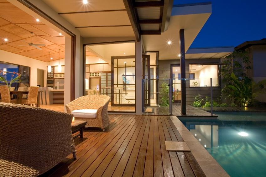 Dream_house_pool.jpg